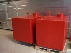 Foamtanks for offshore installation